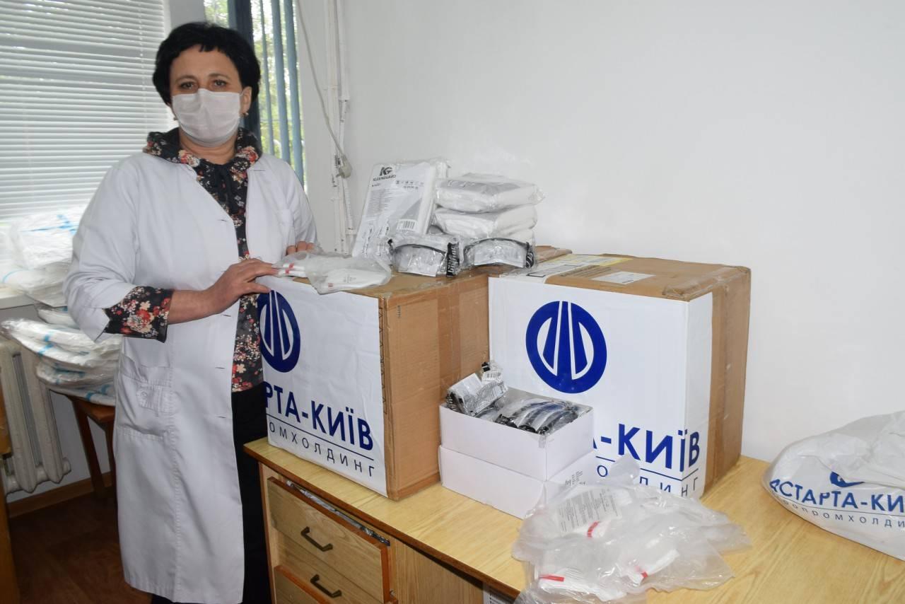 Компанія передала лікарям засоби для індивідуального захисту та дезінфекції