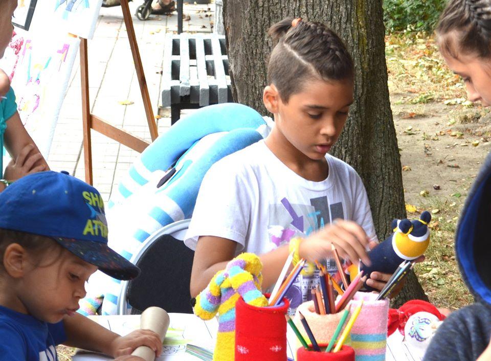 Компанія Premier Socks до Дня захисту дітей оголосила конкурс