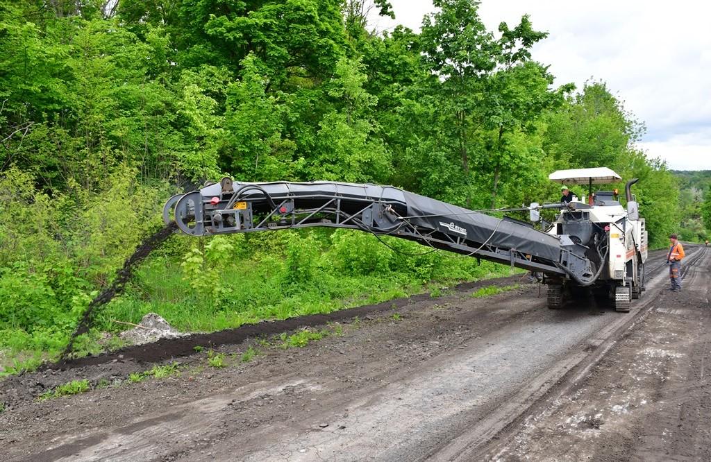 У Лохвицькому районі розпочали ремонт дороги, за ремонт якої проголосу