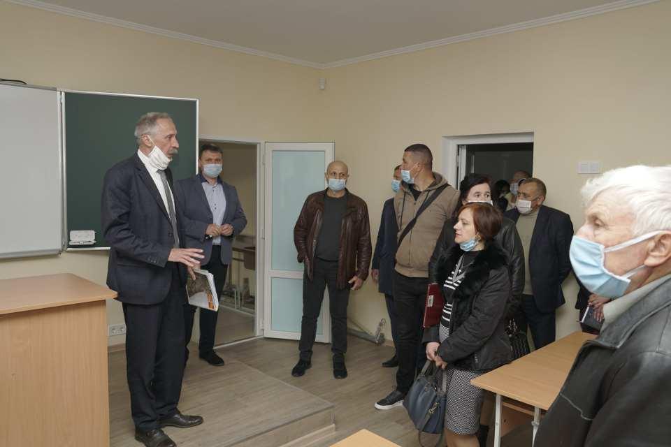 Кабінети хімії та біології відремонтували за кошти Щербанівської сільської ради