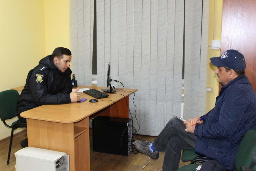 Учасники заходу відвідали поліцейську станцію у Розсошенцях