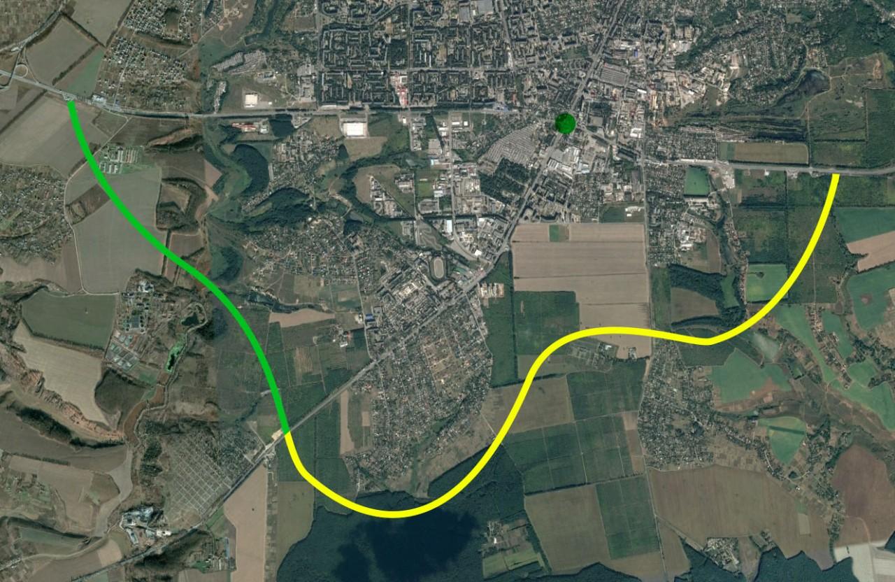 Зеленим позначена перша частина об'їзної дороги біля Полтави, яку добудовують. Жовта — друга частина, планів її будувати поки немає.