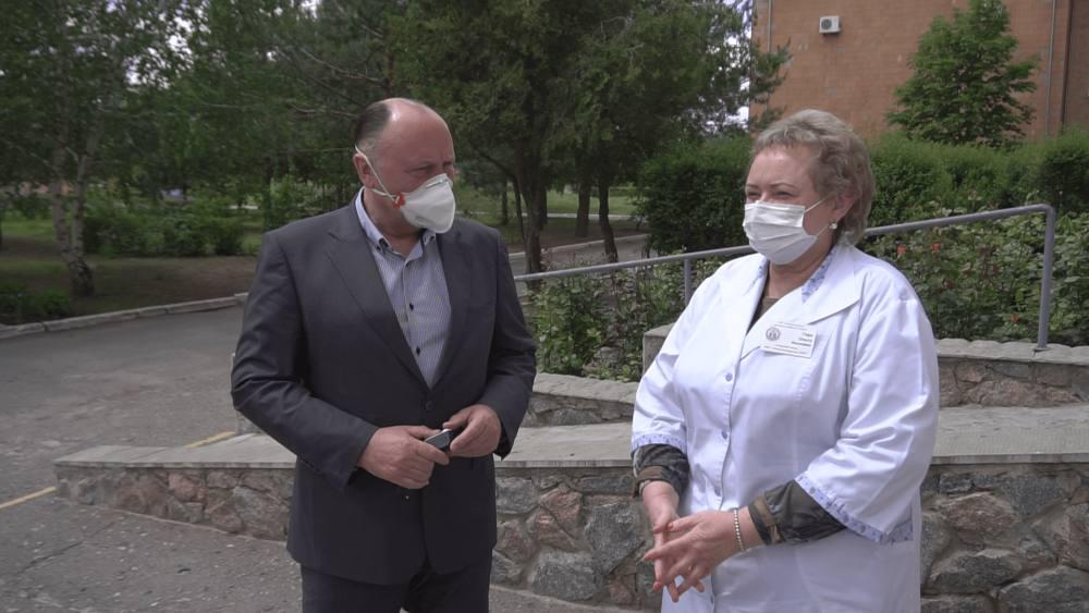 Агрофірма «Добробут» постійно підтримує Новосанжарську районну лікарню