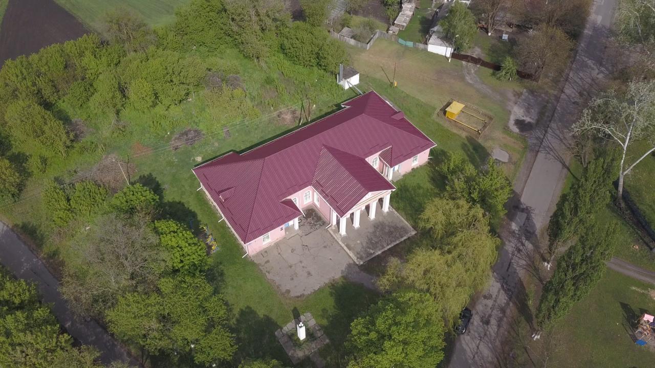 Відремонтували Василівський будинок культури