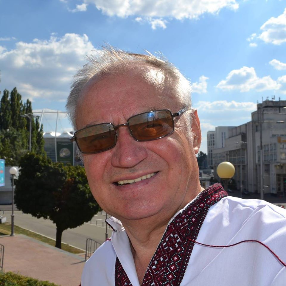 Петро Петриченко