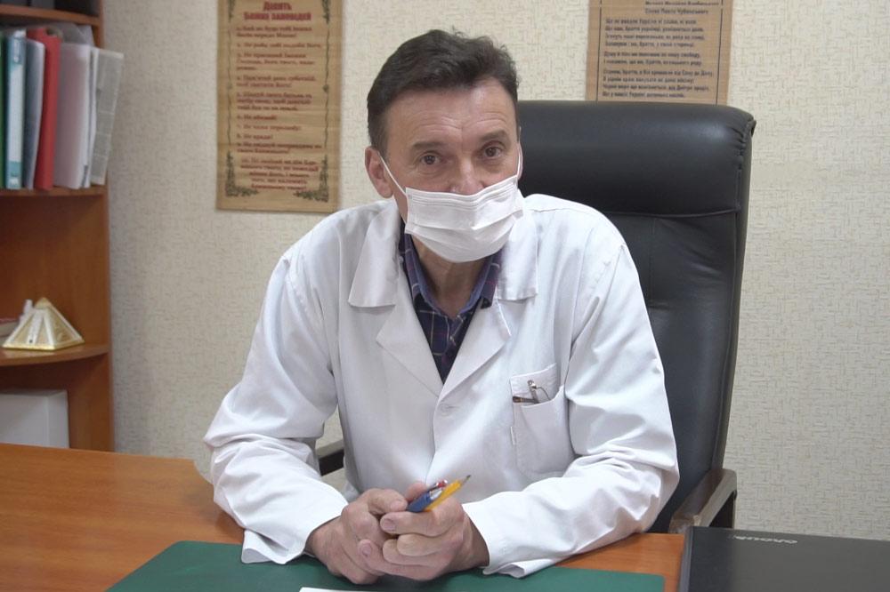 Головний лікар Лохвицької районної лікарні Віктор Бурлей