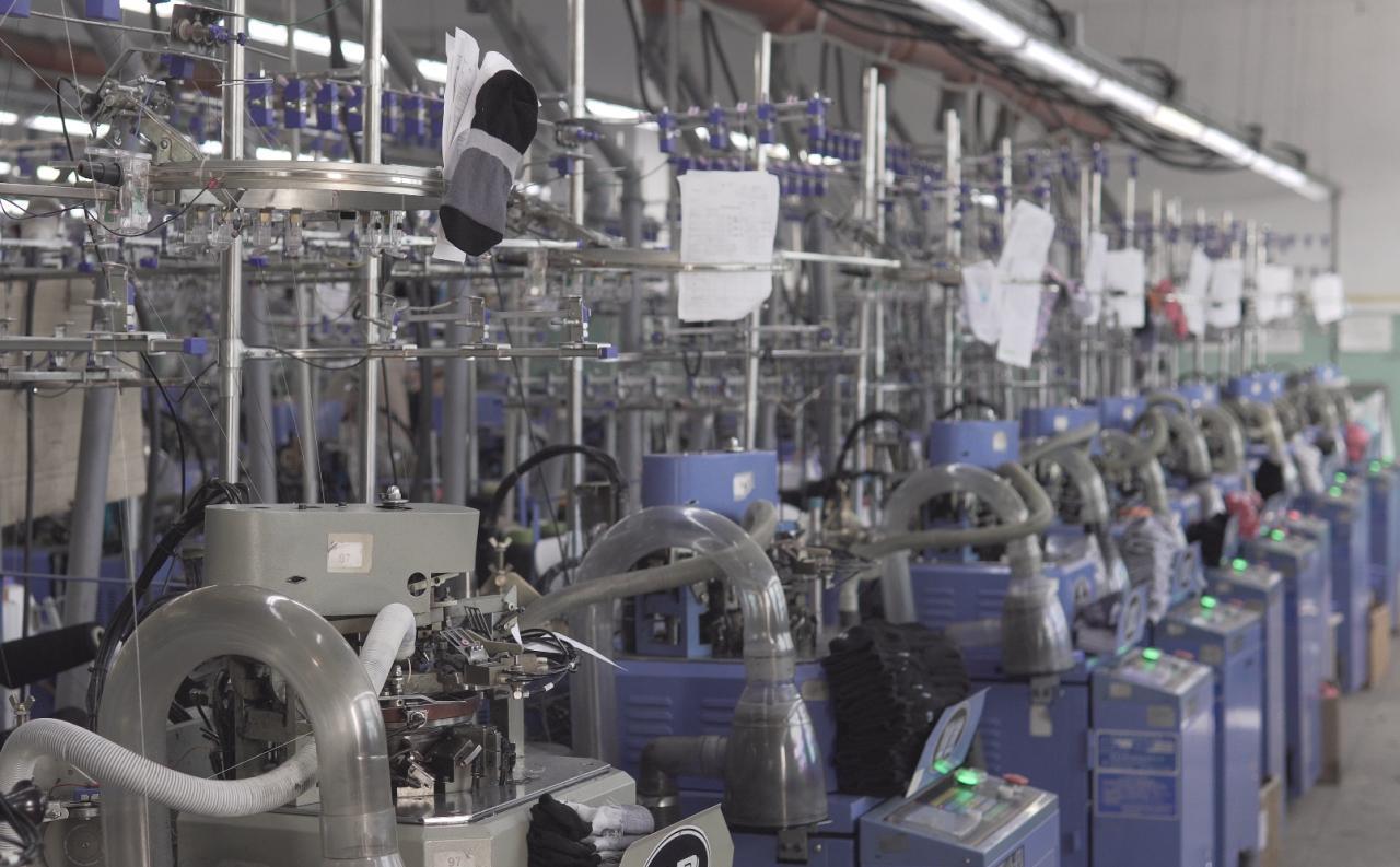 Виробництво Premier Socks