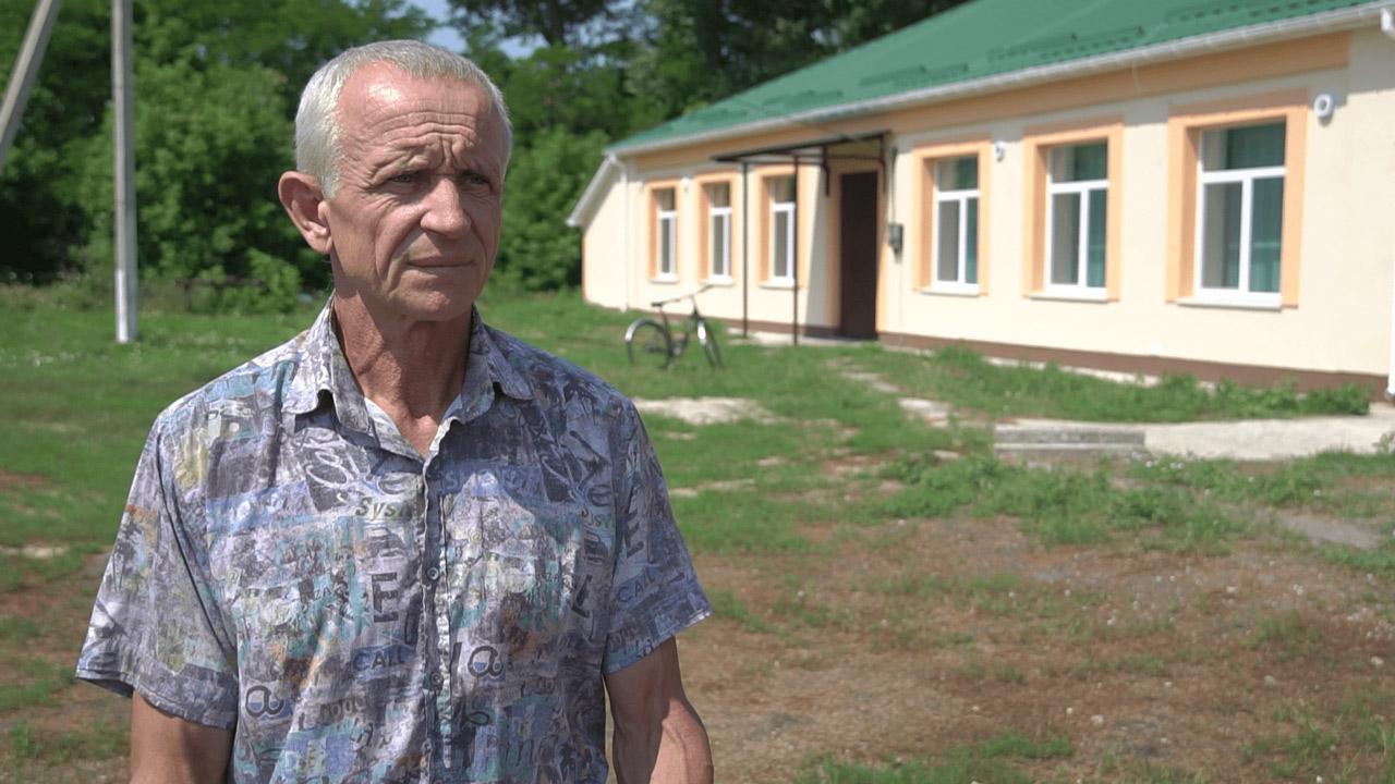 Начальник відділу освіти, культури, молоді та спорту Коломацької громади Володимир Сакун