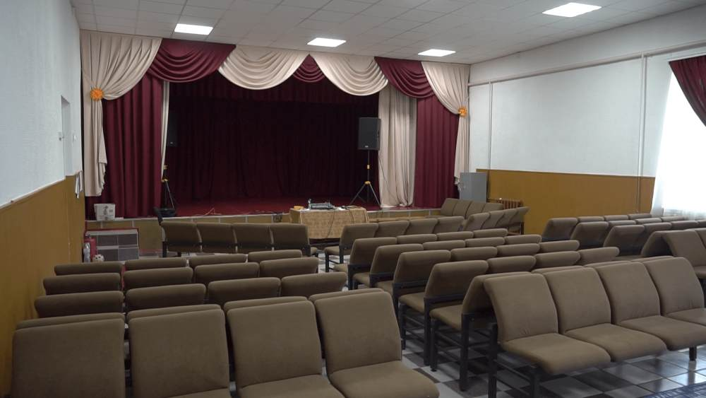 У Щербанівському будинку культури оновили глядацьку залу