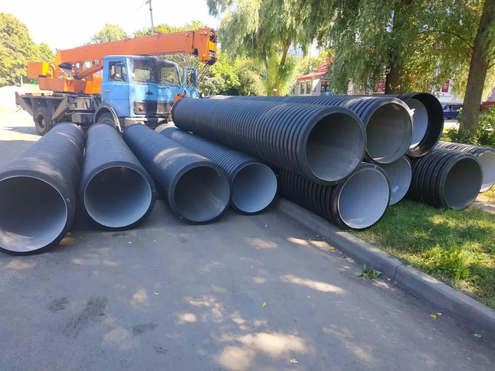 Нові труби вирішать проблеми зливової каналізації