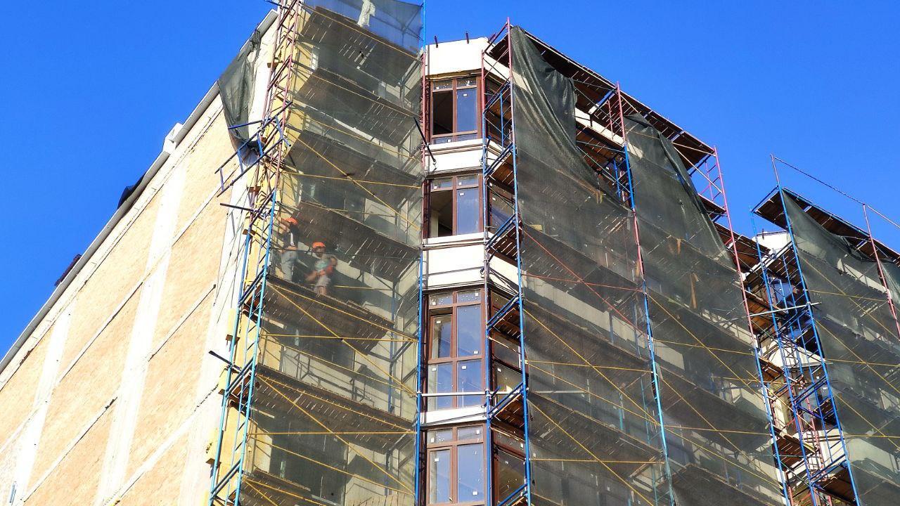 У Полтаві обвалилося риштування на будівництві багатоповерхівки