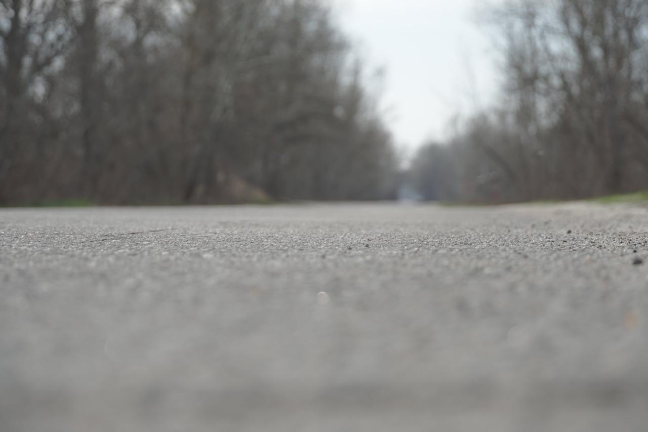 Попри спротив діючої влади, Володимир Корчака добився капітального ремонту головних доріг в селищі Лісок