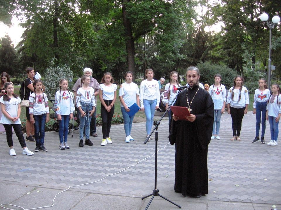 Вихованці недільної школи ПЦУ в Івонченцях