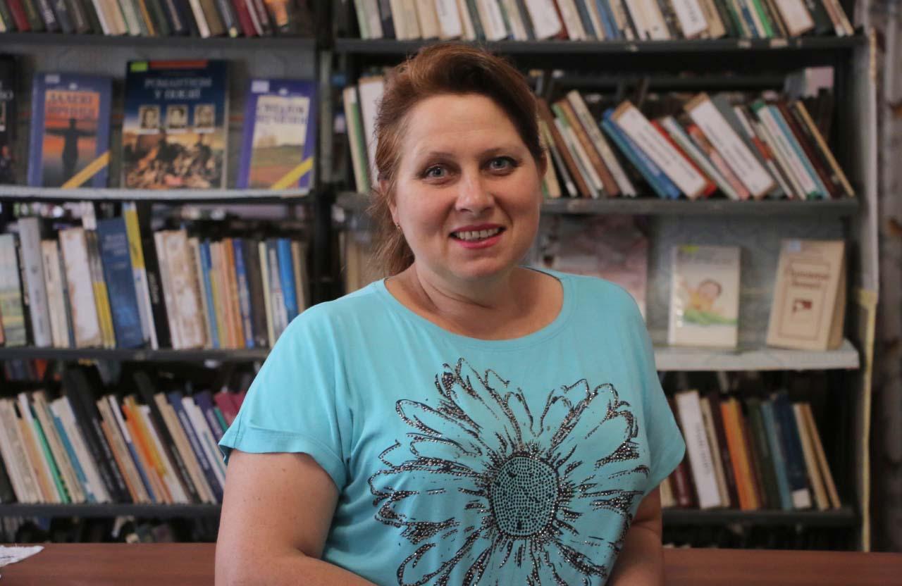 Завідувачка Василівської бібліотеки Ірина Коробейник