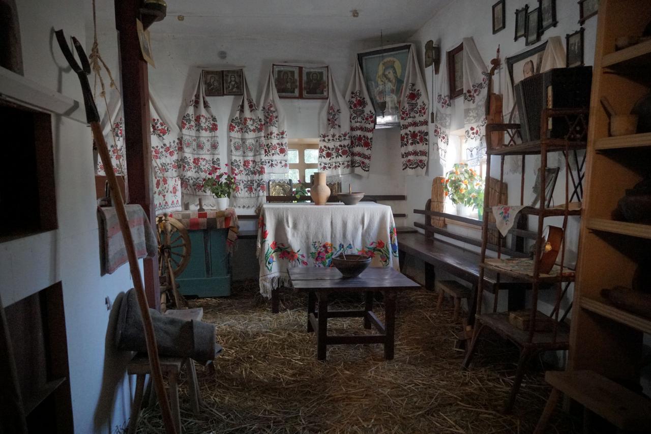 У етнографічному відділі відтворили інтер'єр селянської хати