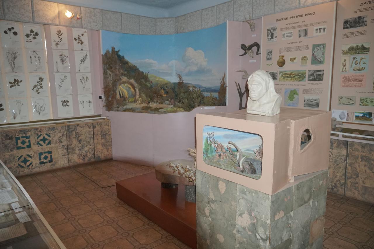 У відділі далекого минулого краю можна побачити археологічні знахідки
