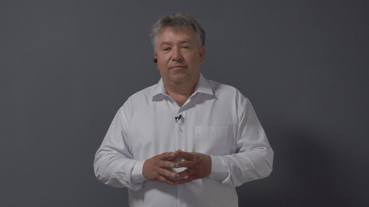 Кандидат у депутати Полтавської районної ради від партії «За Майбутнє» Олег Решетило