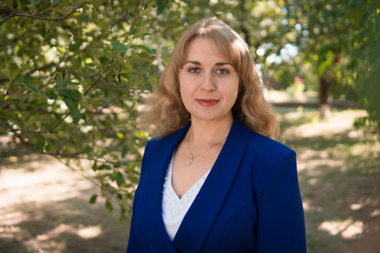 Заступниця генерального директора з соціальних питань агрофірми «ім. Довженка» Наталія Хорольська