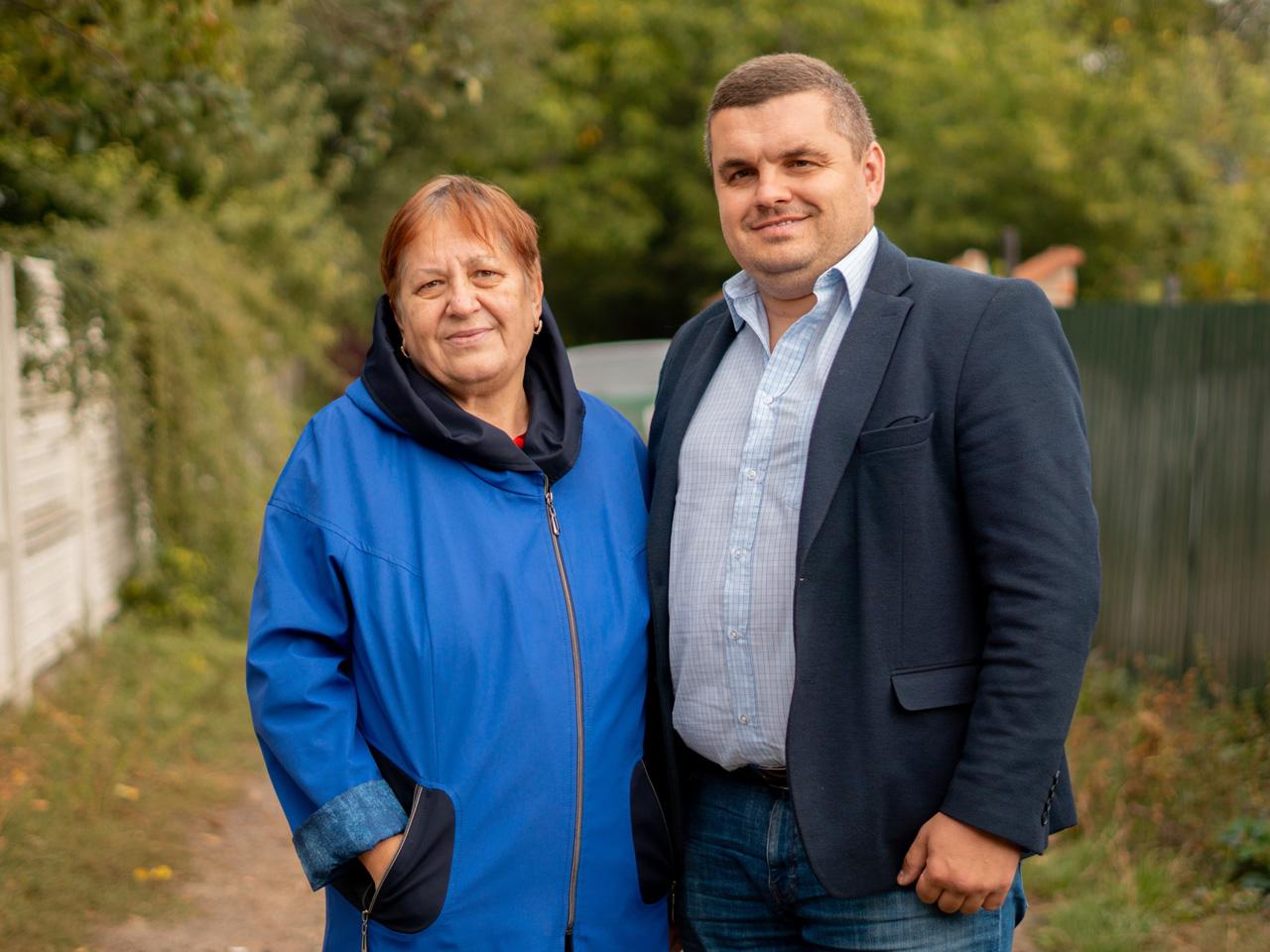 Сергій Золін з вчителькою Оленою Карпенко