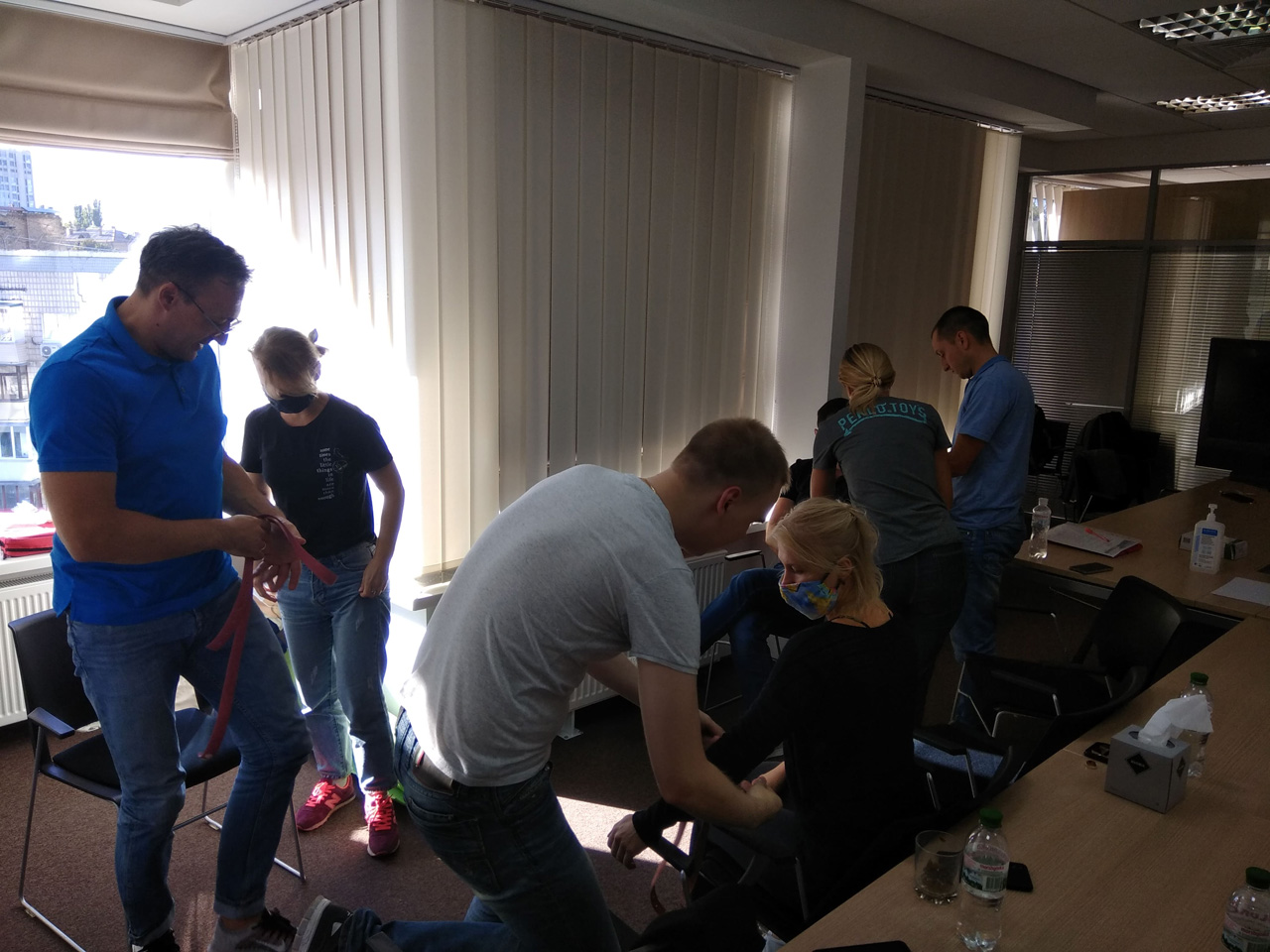Працівників компанії вчать надавати першу домедичну допомогу