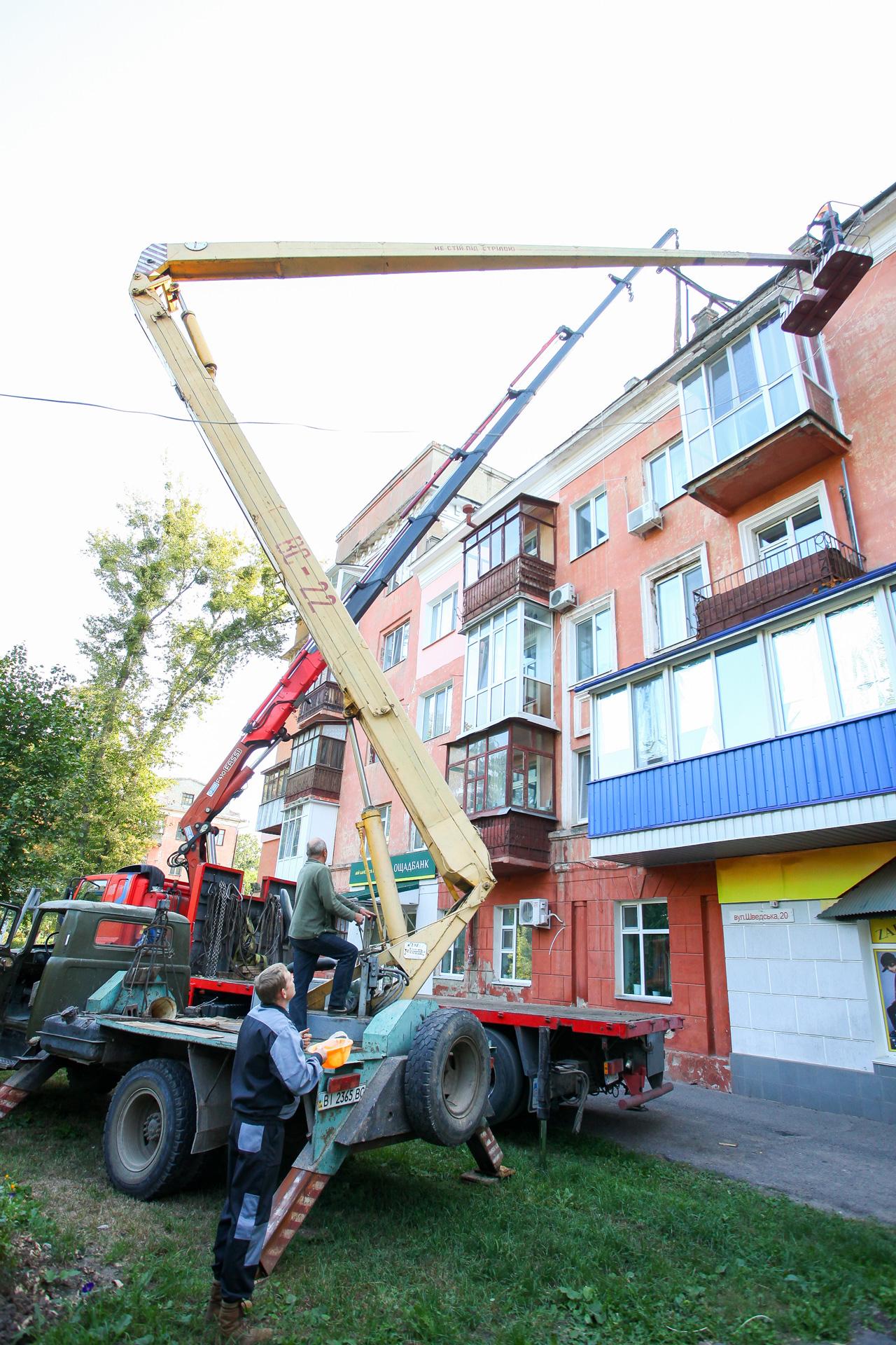 На вулиці Шведській, 20 попросили демонтувати старий кран