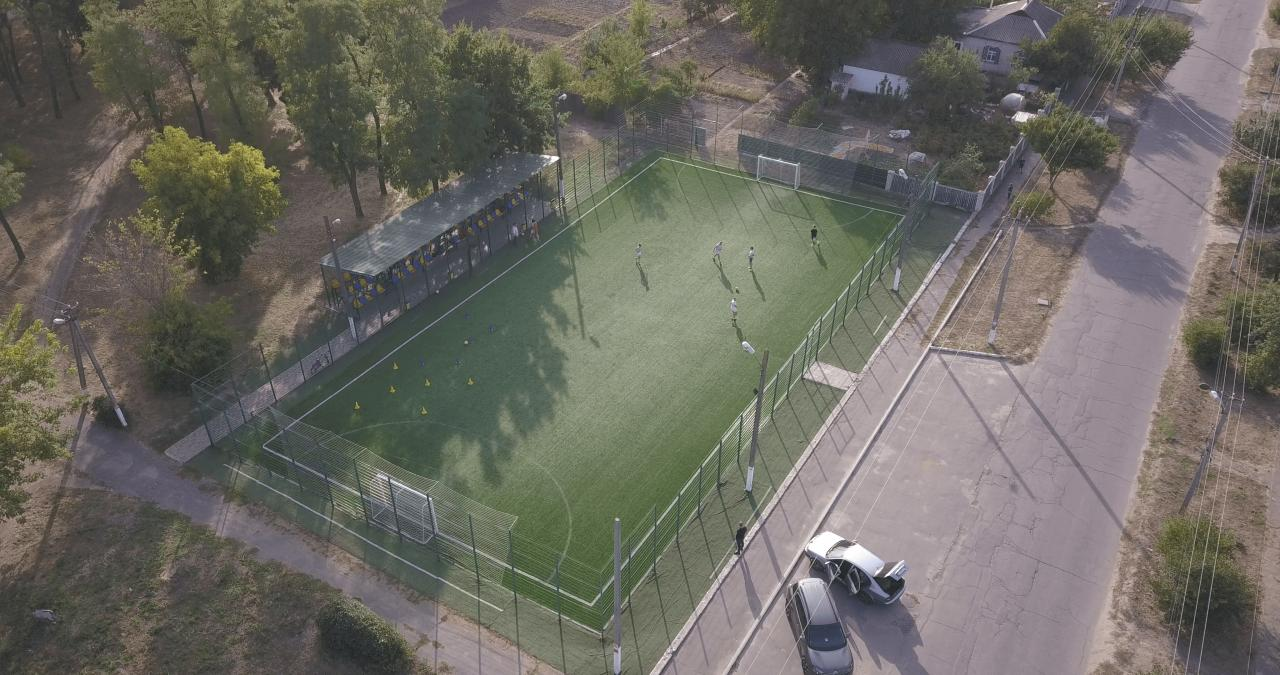 На ремонт п'ятьох спортивних майданчиків зі штучним покриттям витратили близько 5 млн грн