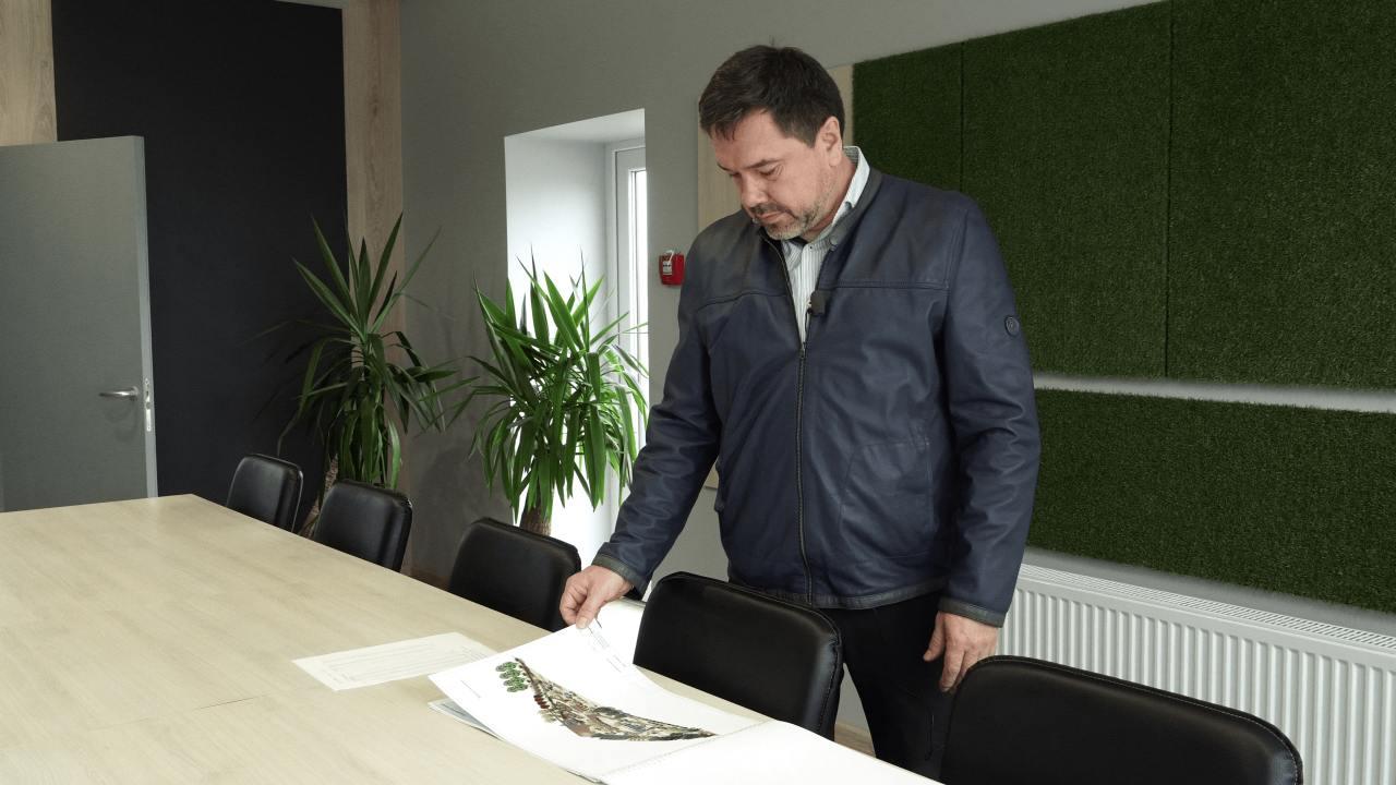 Олександр Ващенко запропонував громаді разом облаштувати парк у рідній Опішні