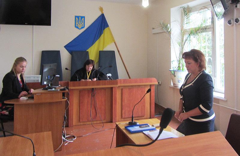 Оксана Гончаренко (праворуч)
