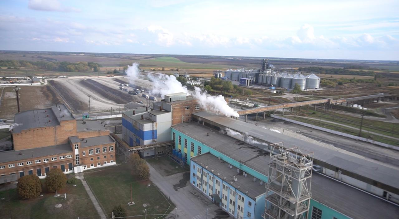 Цукровий завод в Яреськах із висоти пташиного польоту