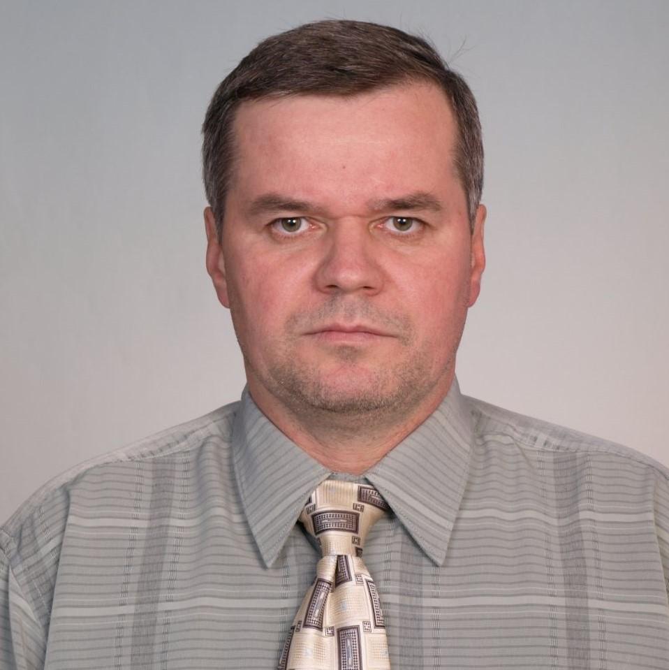 Керівник полтавської міської організації «Партія захисників Вітчизни» Сергій Сєров