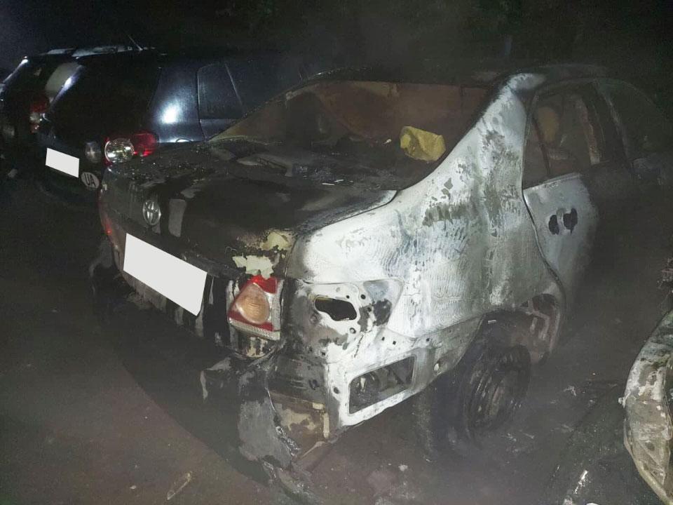 Згоріла Toyota Corolla