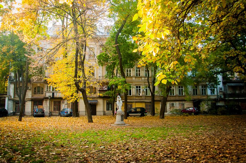 Сквер Пале-Рояль, Одеса, фото з інтернет ресурсу uc.od.ua