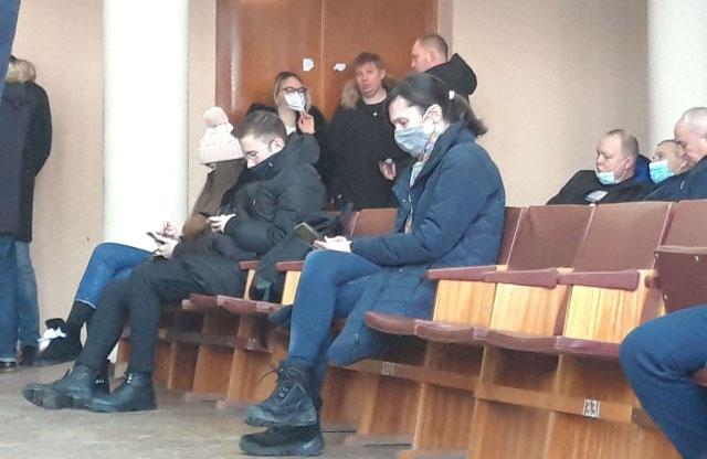 Депутати міськради на сесії райради: Оксана Дрюк («ЄС»), Євген Дикань («За Майбутнє»), Євген Момонт («ОПЗЖ»)