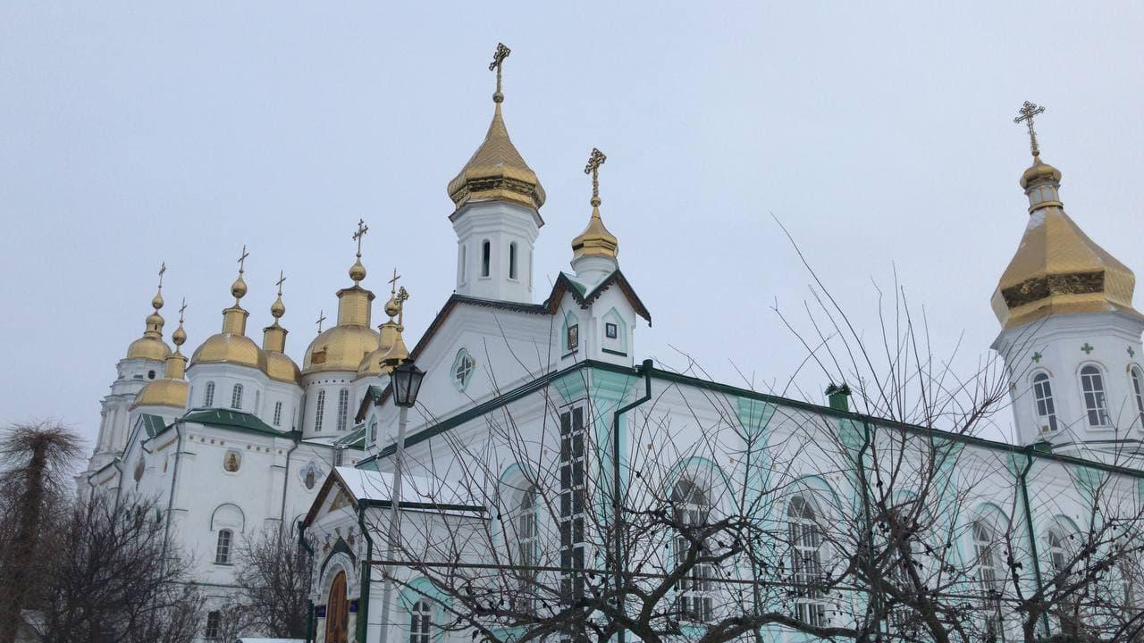 Свято-Троїцький храм на території Хрестовоздвиженського монастиря
