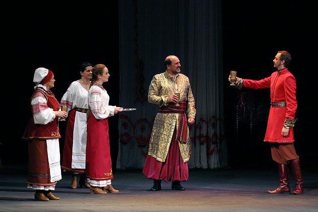 Драма Лесі Українки Бояриня на сцені Львіського театру імені Заньковецької