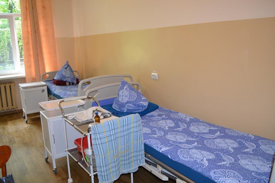 Оновлені палати Лохвицької районної лікарні
