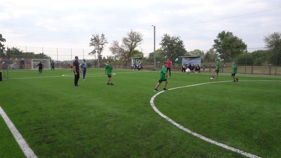 Спортивний майданчик у Нехворощанській ОТГ допомогла збудувати Полтавська газонафтова компанія