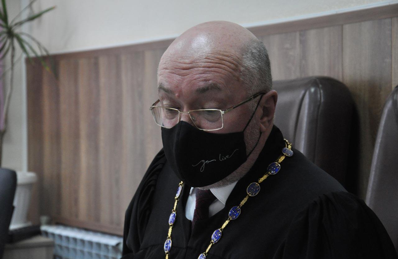 Суддя Анатолій Савченко