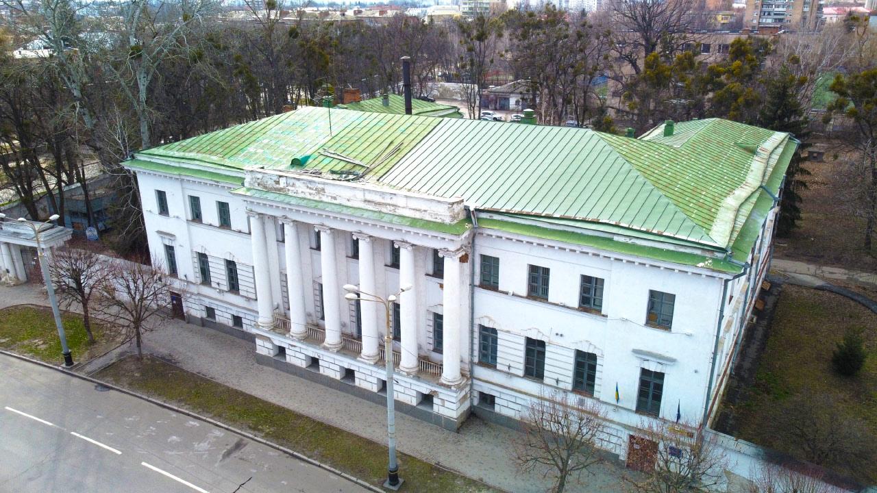 Площа будівлі на вул. Соборності, 37 — 2127 м²