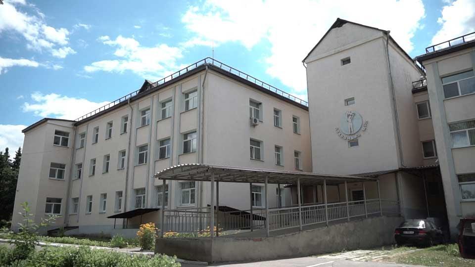 Будинок культури і спортивний майданчик у Коломацькій громаді