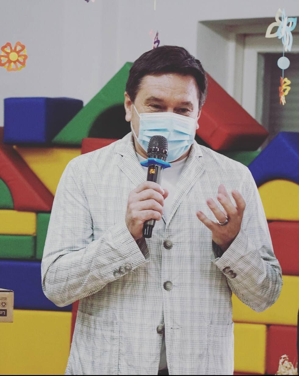 Олександр Ващенко вітає із Днем захисту дітей