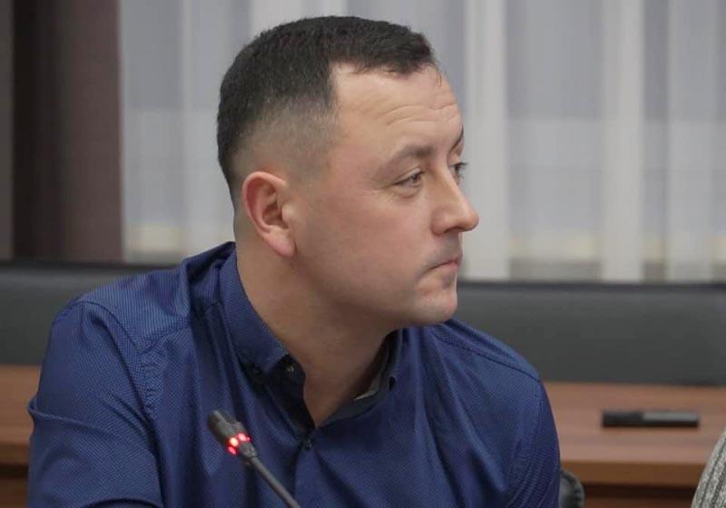 Голова Коломацької ТГ Євген Почечун