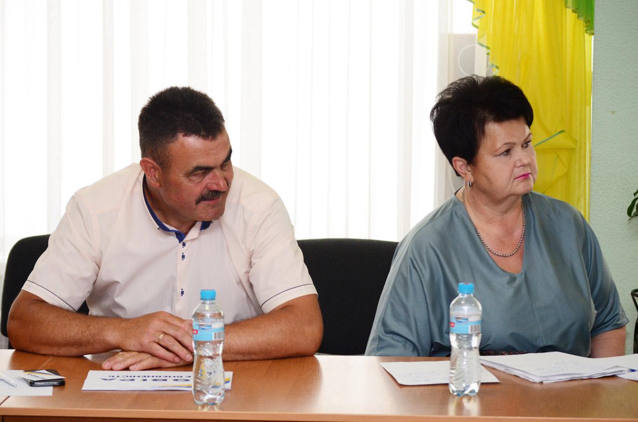 Депутати обласної ради Микола Бондар та Людмила Корнієнко