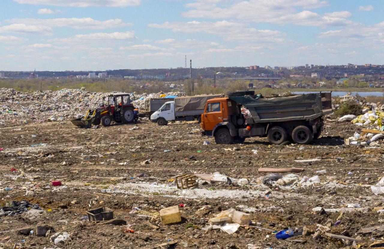 На Макухівському сміттєзвалищі