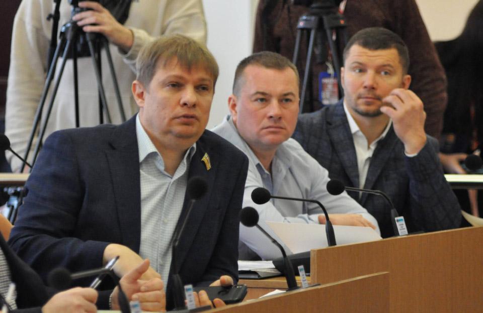 Депутати Євген Дикань, Сергій Гонтовий та Олександр Калуцький