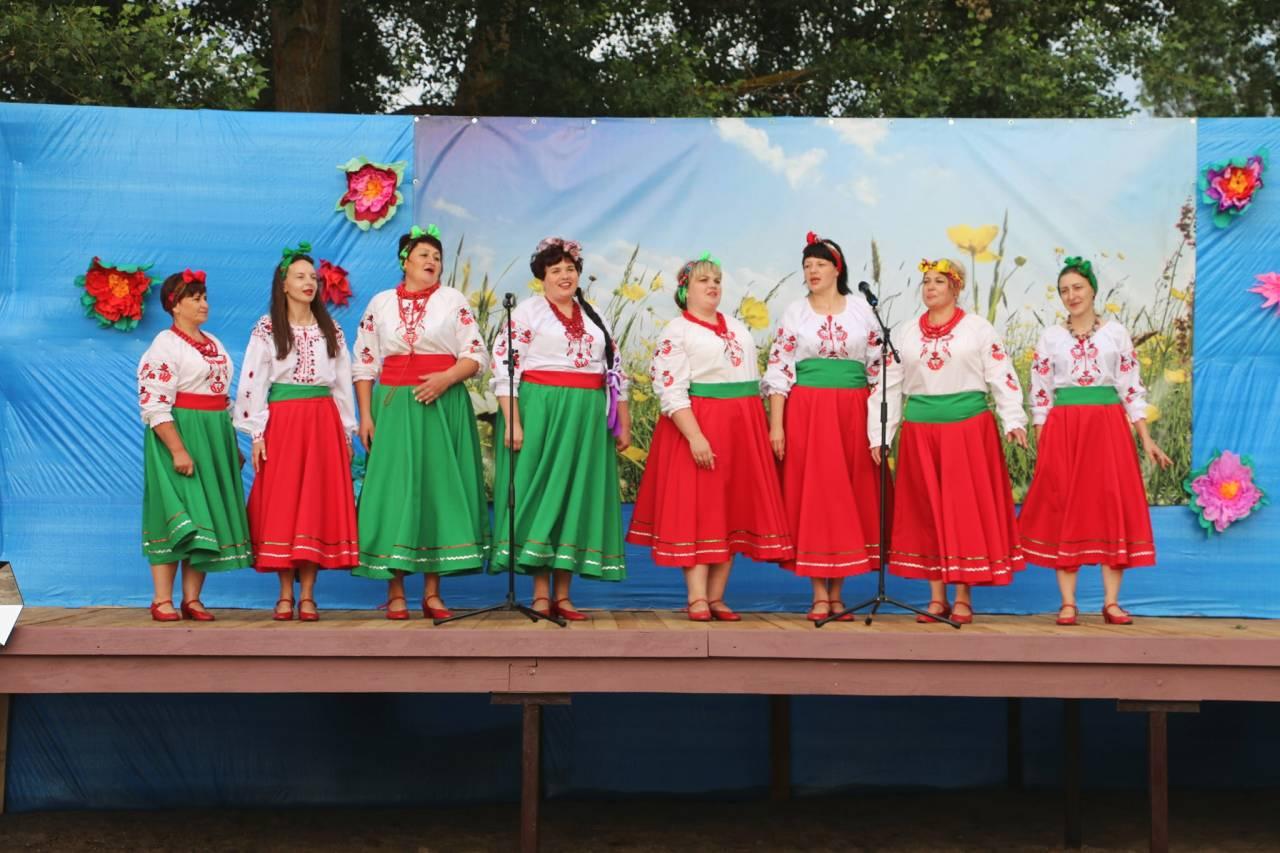 Жіночий ансамбль «Вербиченька»