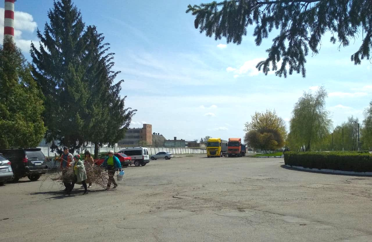 Весняне прибирання у Новооржицькій ТГ