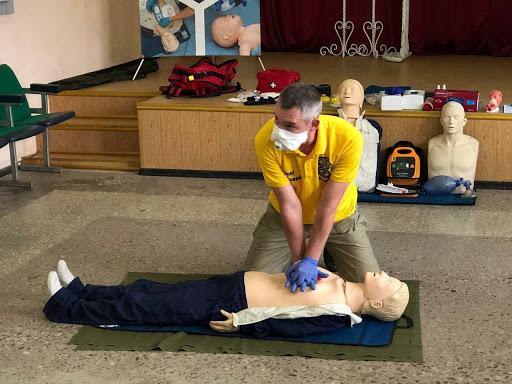 Навчання серцево-легеневій реанімації
