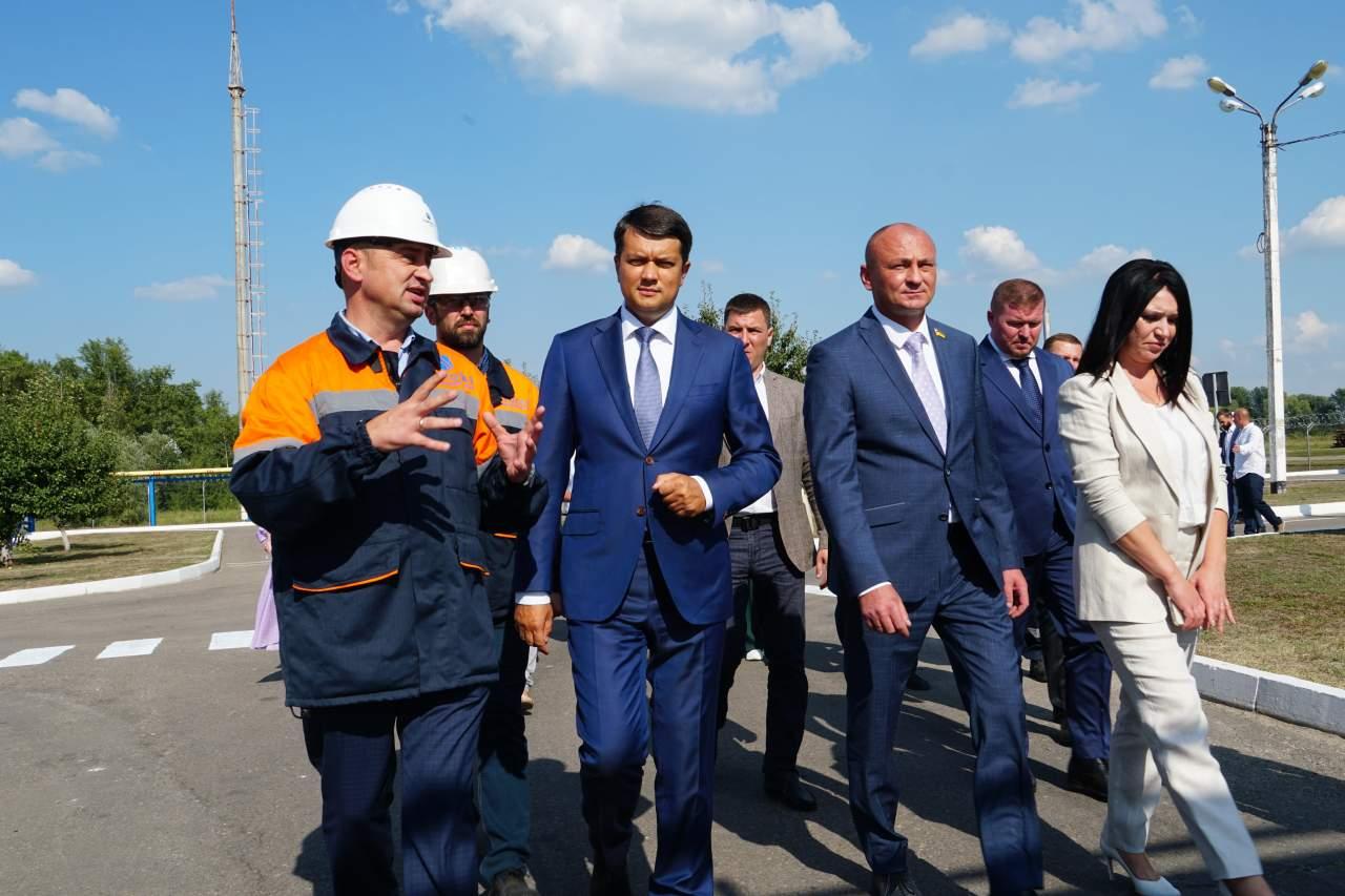 Дмитро Разумков оглянув Східно-Полтавську установку комплексної підготовки газу