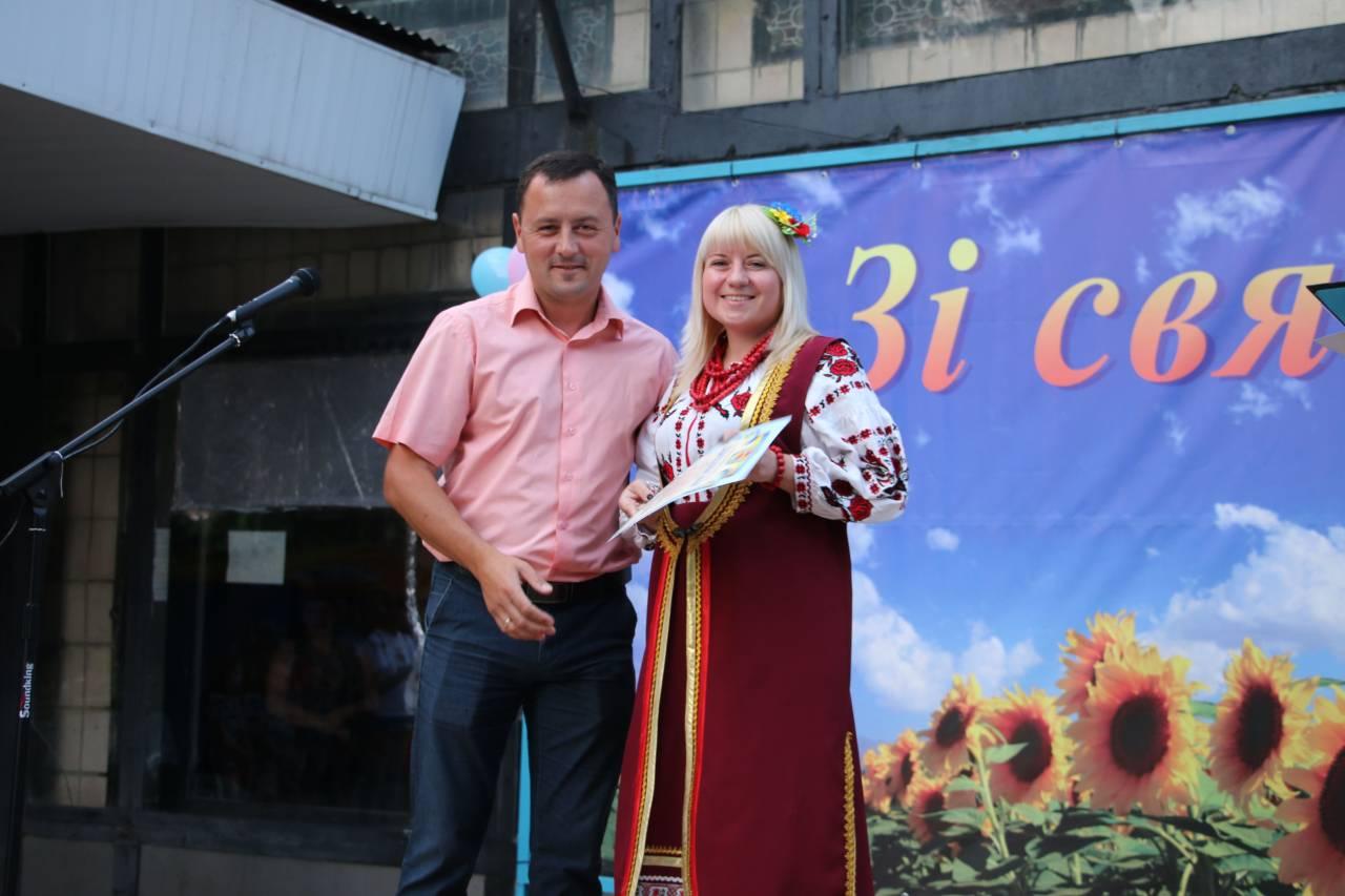 Голова Коломацької ТГ Євген Почечун привітав мешканців Степного з Днем Незалежності України